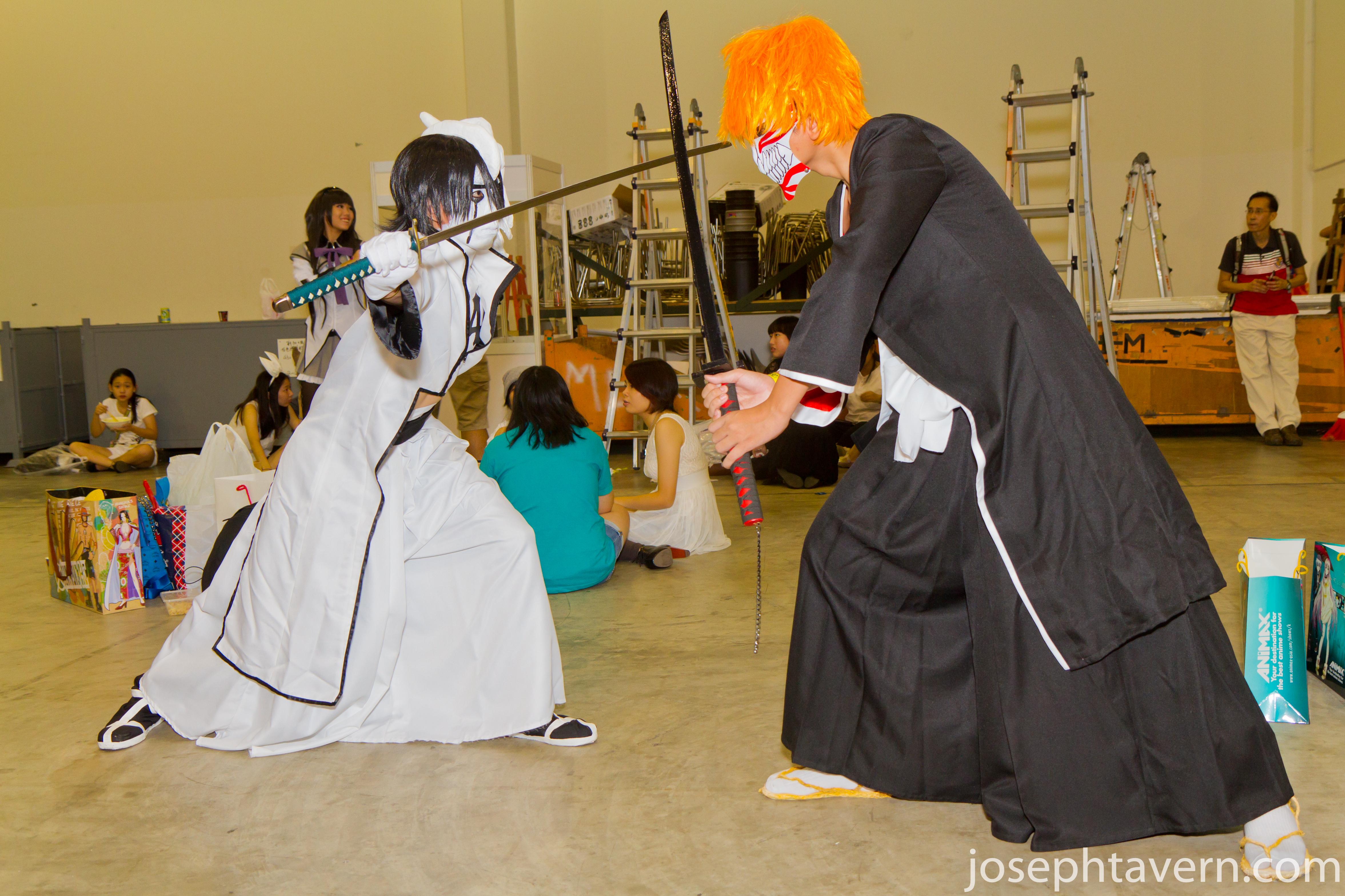 Ichigo fighting with Ulquiorra